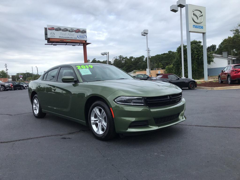 Pre-Owned 2019 Dodge Charger SXT